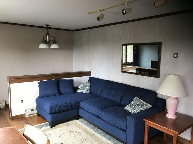 Cozy Cottage, Nice View, Walk to Beach!, vacation rental in Wellfleet
