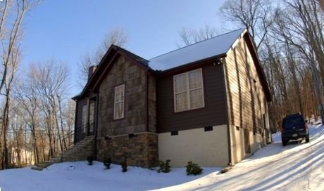 Great Location Lovely Newer House 200 Yards Walk To SKI SLOPE!!!!!!, location de vacances à Beech Mountain