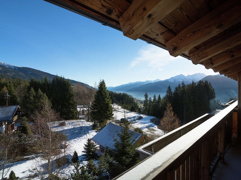 Unique luxury apartment, next door to the skilift and the slopes, location de vacances à Mittersill