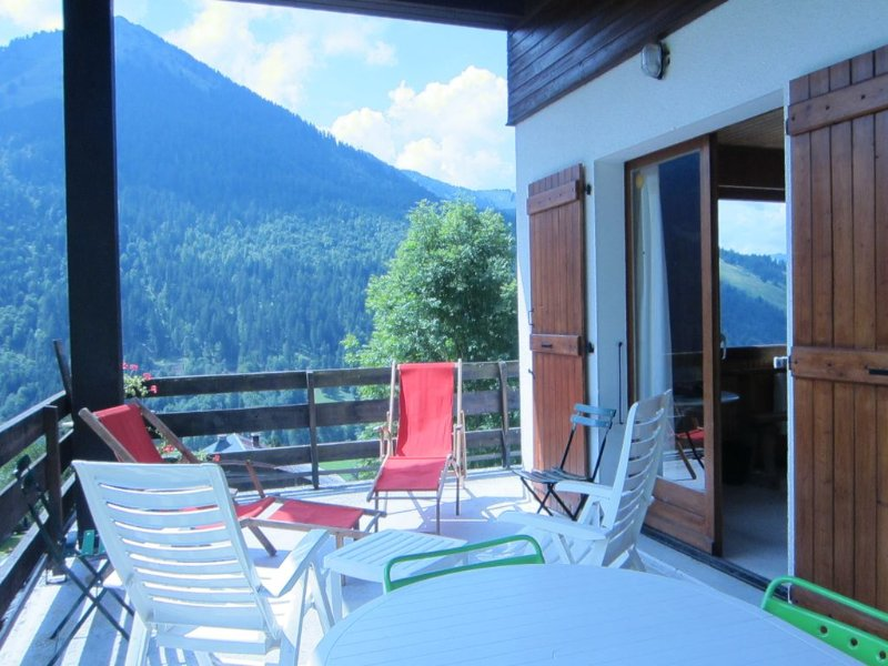 Grand Chalet - Plein Sud - Vue dégagée - Domaine Ski Portes Soleil, location de vacances à La Chapelle d'Abondance