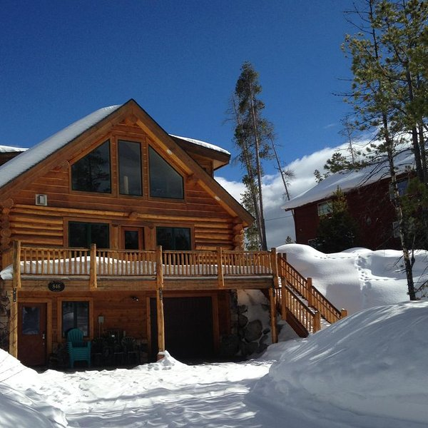 Modern Log Cabin Minutes From Rocky Mountain National Park And Grand Lake, Co., aluguéis de temporada em Grand Lake