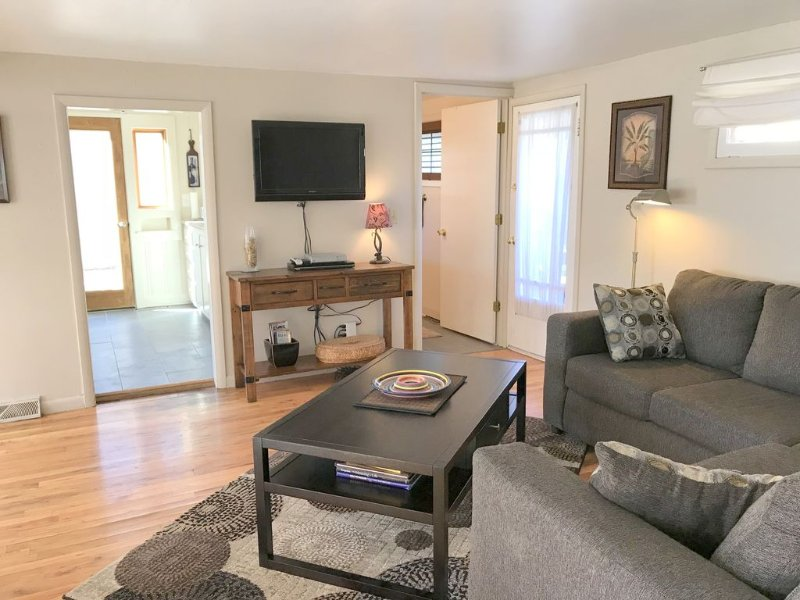 Central to all the fun!, holiday rental in Fort Carson