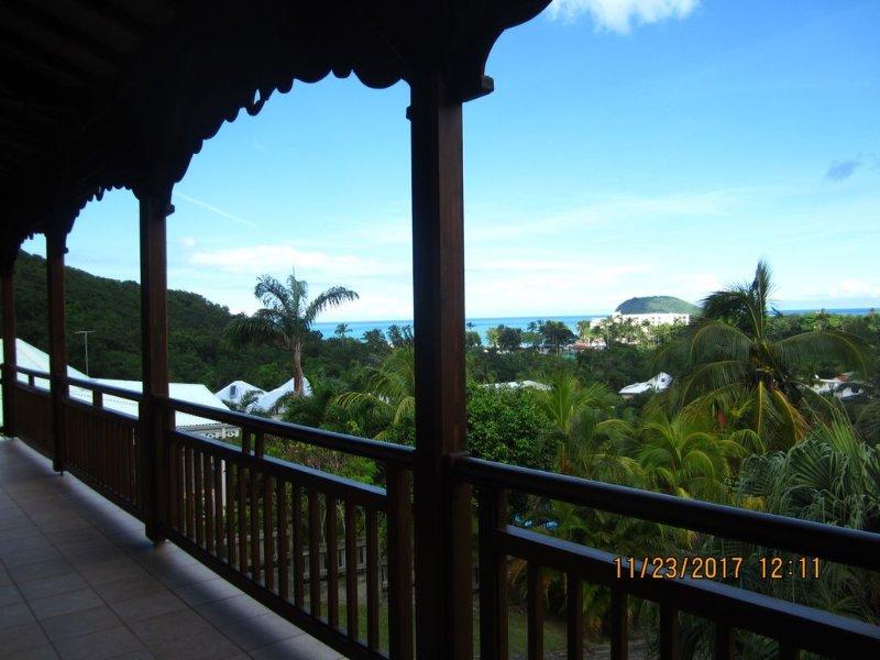 Spacious villa with panoramic ocean, Fort Royal beach at 500m, vacation rental in Rifflet
