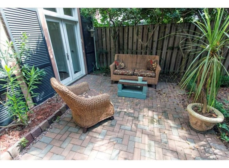 Sitting area in the courtyard.