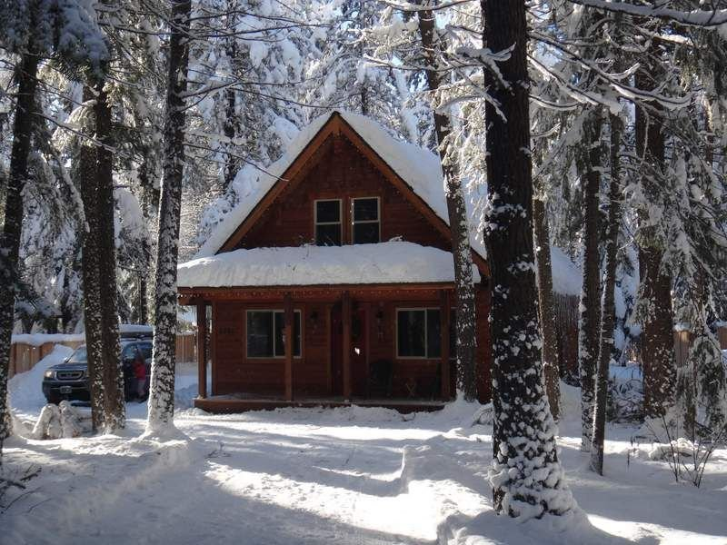 Sunshine Daydream-New Construction & Hot Tub! Sleeps 12!Perfect for 2-3 families, vacation rental in Leavenworth