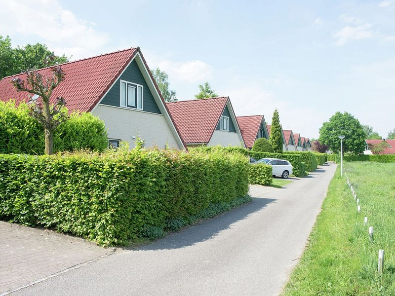 Nice apartment with WiFi, near the forest and Nijmegen, Ferienwohnung in Spijk