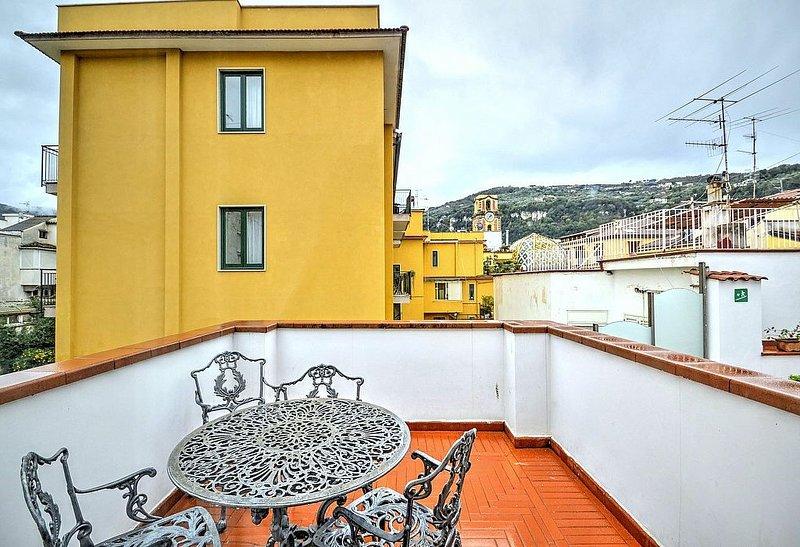 Casa Graziella C, rimborso completo con voucher*: Un gradevole appartamento situ – semesterbostad i Sorrento