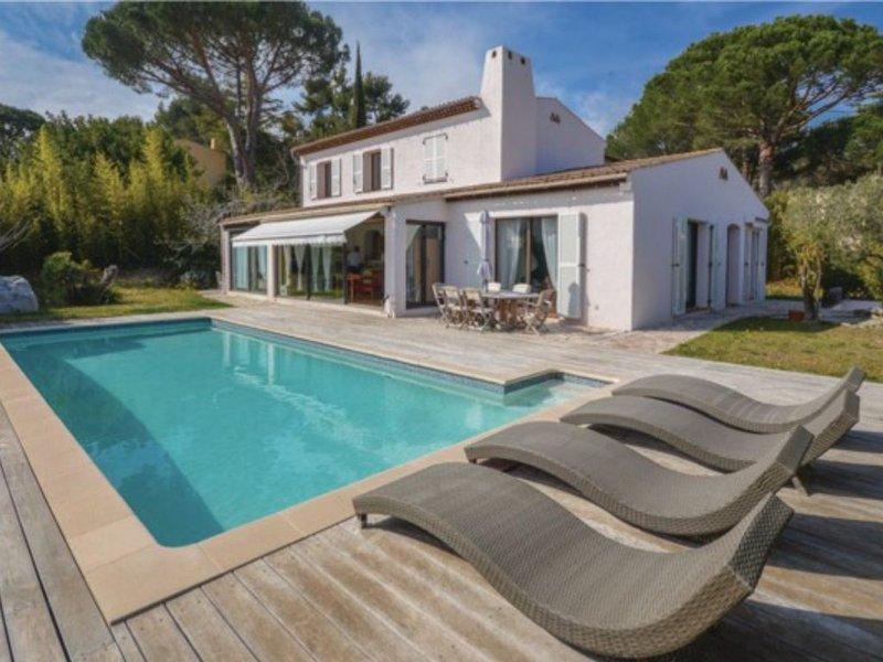 Villeneuve-Loubet,Hauts de Vaugrenier, Cote d'Azur, vacation rental in Villeneuve-Loubet
