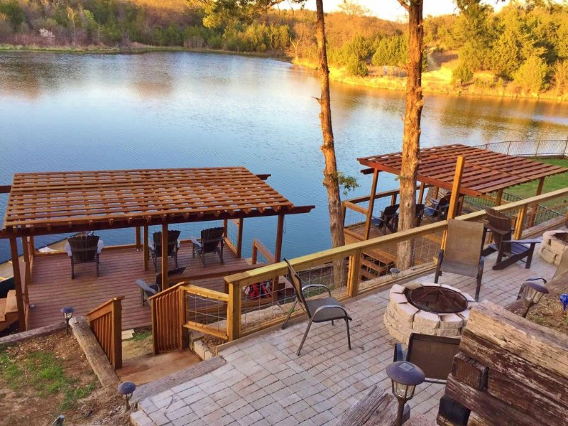 AMAZING LAKE VIEW - WATER POND FRONT - GOLF - SWIMMING - SPACIOUS LAKE HOUSE 1, alquiler de vacaciones en Colbert