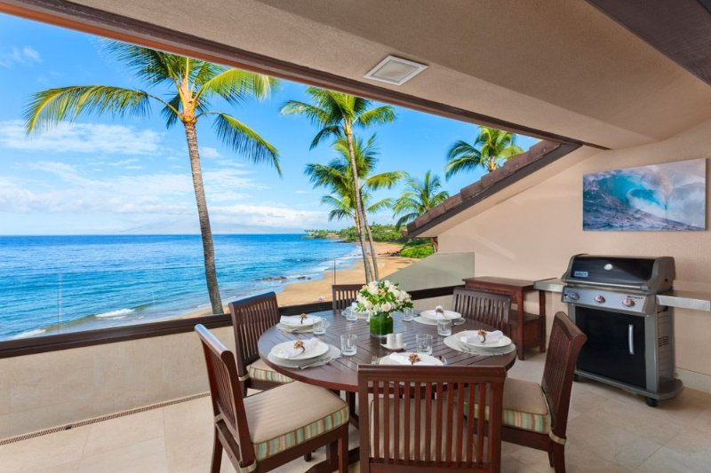 LAST MINUTE WINTER SPECIAL! OCEAN FRONT SUNNY SURF E301!, holiday rental in Makena