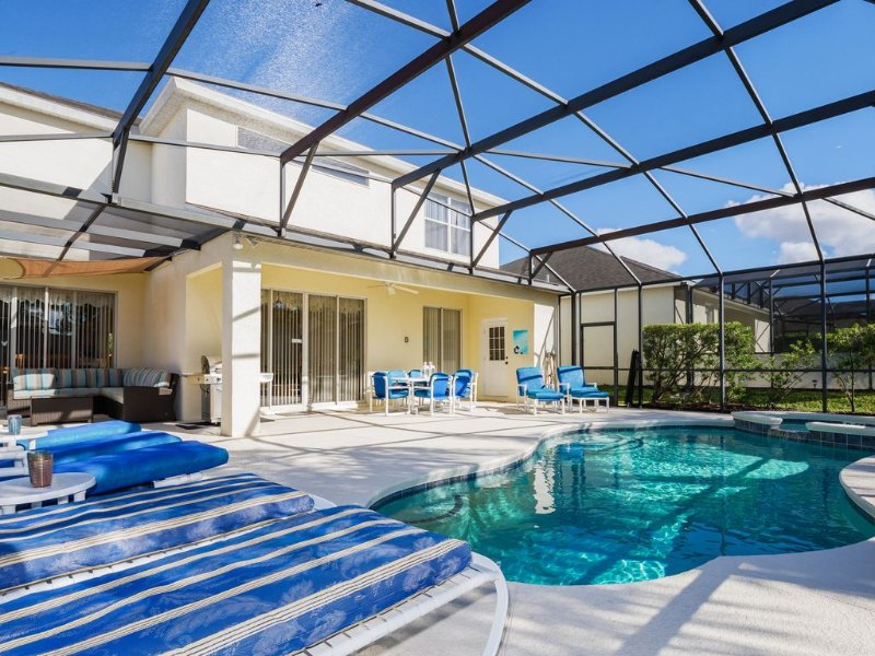 Superb Private Villa. Pool/Spa/Game Rm/Wifi 15 Min. to Disney!, vacation rental in Haines City