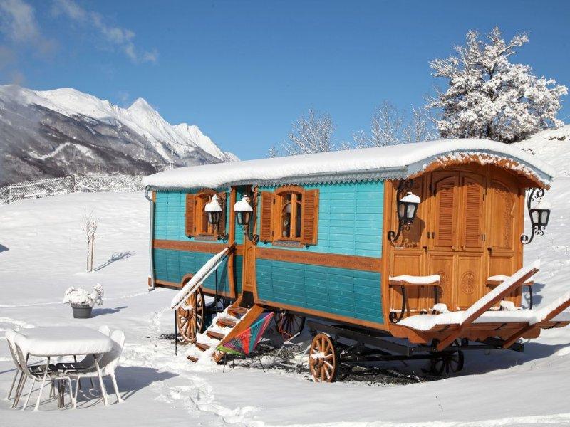 Roulotte Montagne Cléo - Autre Roulotte 'Django' Ref 1557424, vacation rental in Luz-Saint-Sauveur