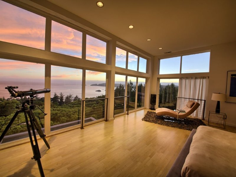 China Mountain House | a Premier Vacation Home, location de vacances à Port Orford