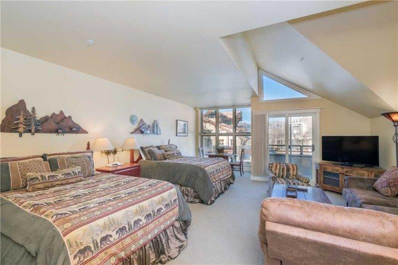 Blue Mesa Lodge #32A: 1 BR / 1 BA hotel room in Mountain Village, Sleeps 4, location de vacances à Mountain Village