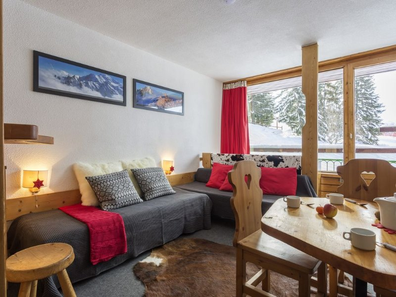 The Lauzières South Duplex 7 people, facing south, ground snow skis, holiday rental in Les Arcs