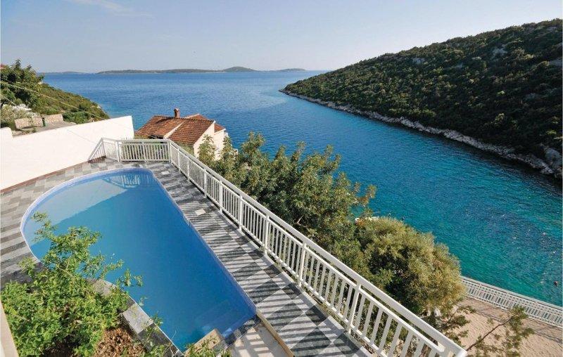 9 bedroom accommodation in Vinisce, vacation rental in Vinisce