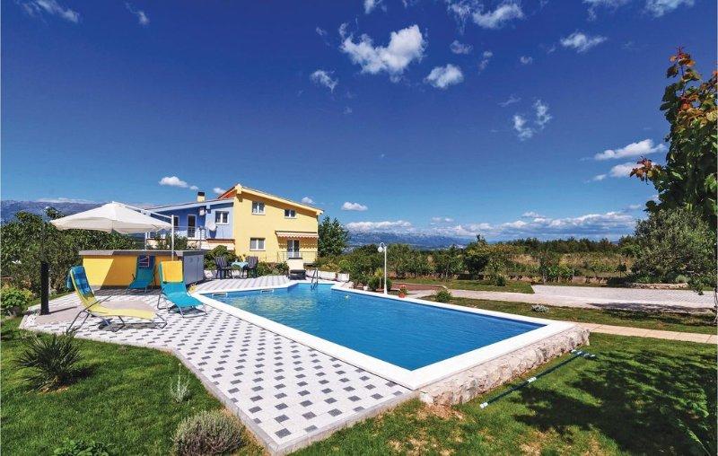 4 bedroom accommodation in Podgradina, vacation rental in Posedarje