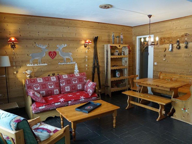 Charmant appartement spacieux classé 3*** pour 6 personnes, holiday rental in La Cote-d'Arbroz