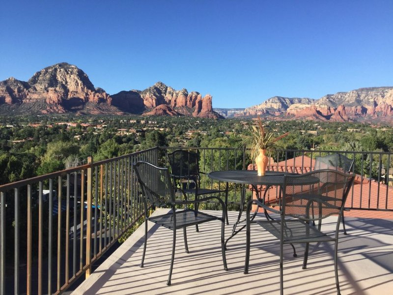 Panorama Perch/Amazing Hilltop Views ., vacation rental in Sedona