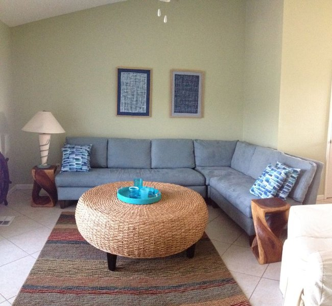 Spacious Townhouse on Hwy 30-A just steps from the beach, holiday rental in Seacrest Beach