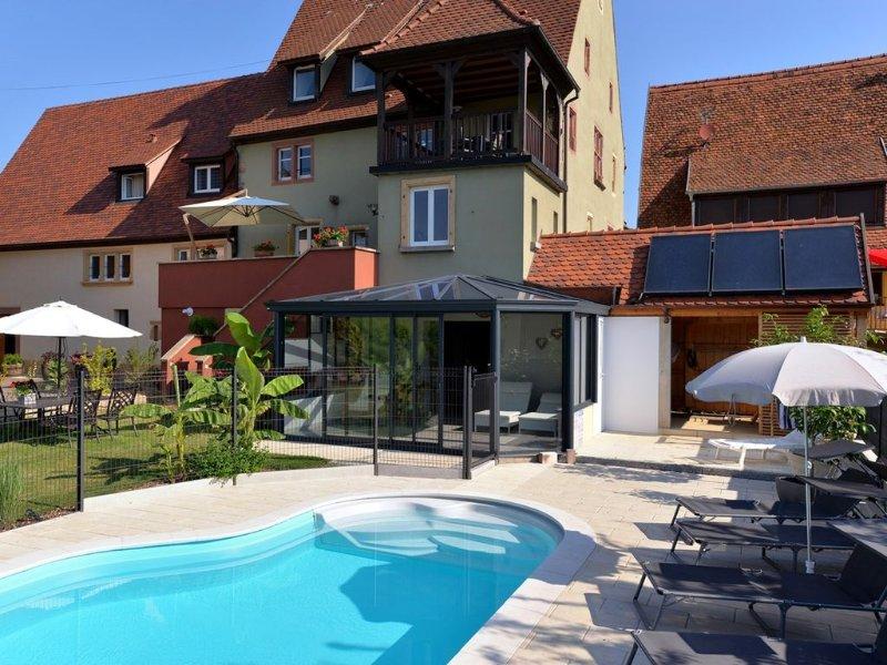 TERRASSE d'ALPHONSE  - Gites de charme et de détente Piscine et Sauna, vacation rental in Soultzmatt