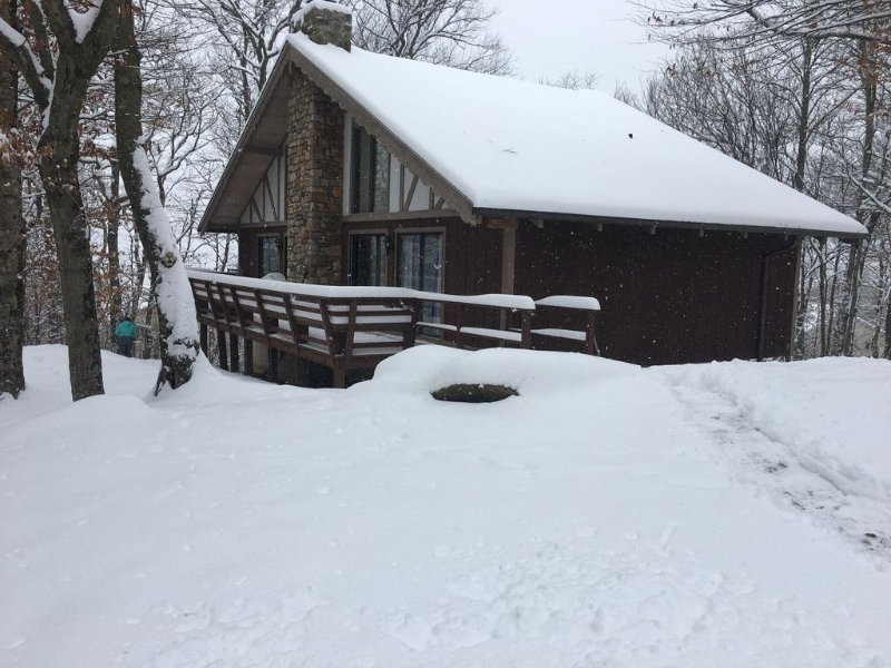 Windameir Ski Lodge On Beech Mountain, holiday rental in Beech Mountain