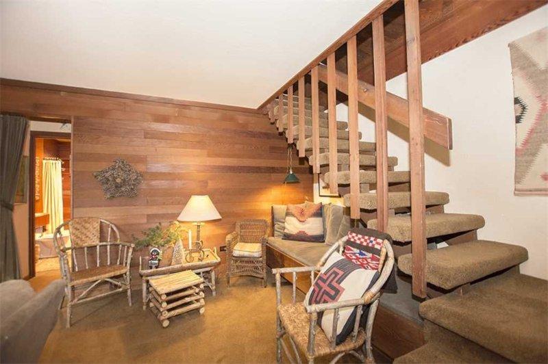 Rockwood: 2 BR / 2 BA house/cabin in Carnelian Bay, Sleeps 6, alquiler de vacaciones en Carnelian Bay