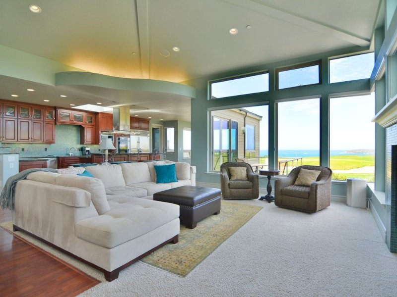 Luxury Golf Course Home with Spectacular Ocean Views 'Royal Pacific', alquiler de vacaciones en Bodega Bay