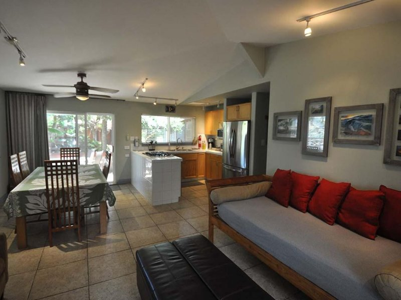 Papaya 2: 2bdrm/1ba at Tiki Moon Villas, vacation rental in Laie