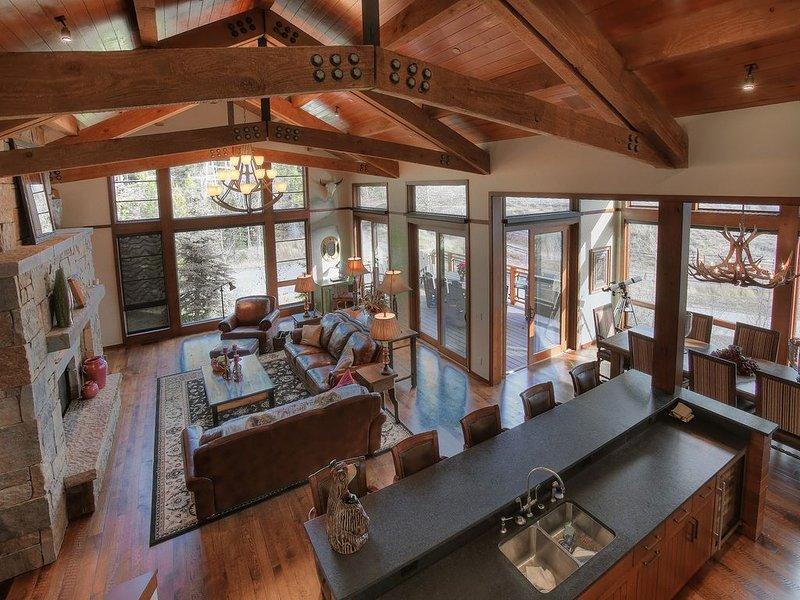 KABINO: Luxury Mountain Lodge at Jackson Hole Mountain Resort! Huge Views! 5 Sta, location de vacances à Jackson Hole