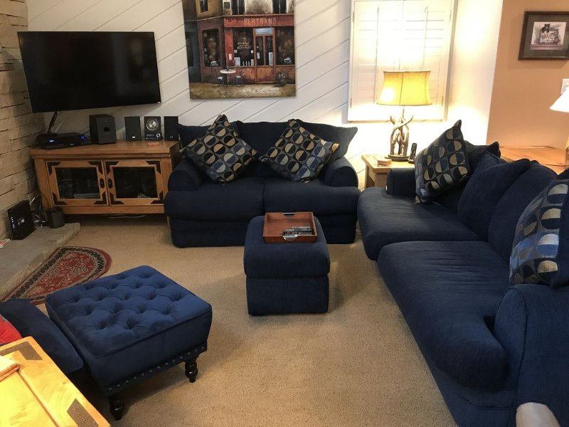 Living Room - Very comfortable with all the amenities