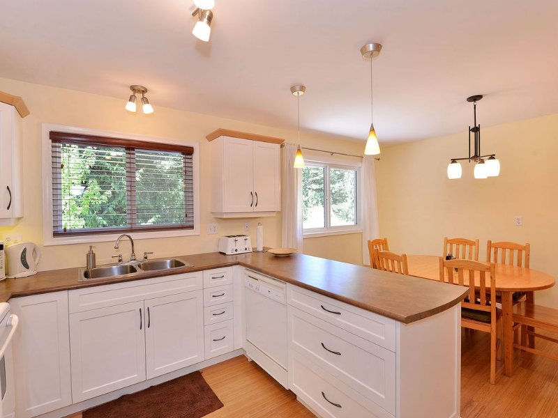 Kitchen and dining area open plan