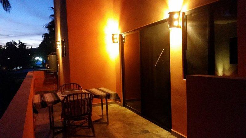 Centrally located   brand new Casa Jardin, aluguéis de temporada em Los Barriles