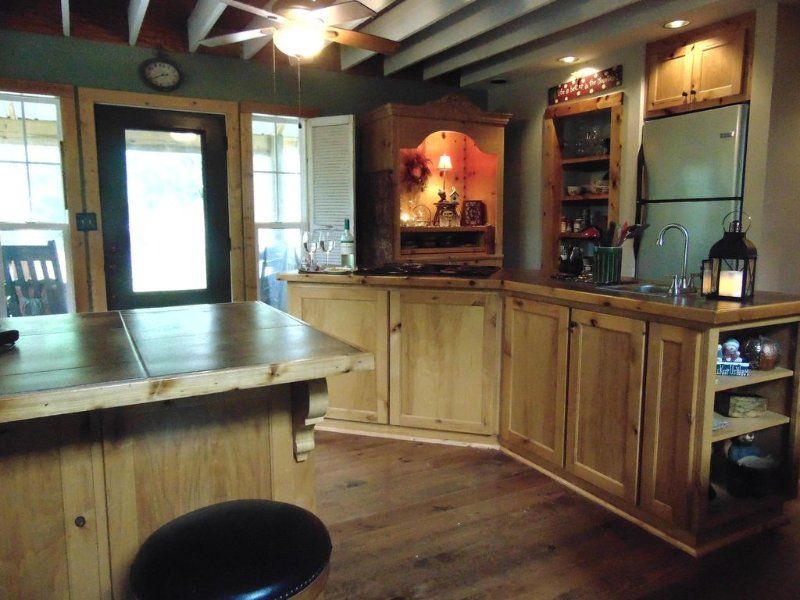 Kitchen / with 2 sinks and working island.