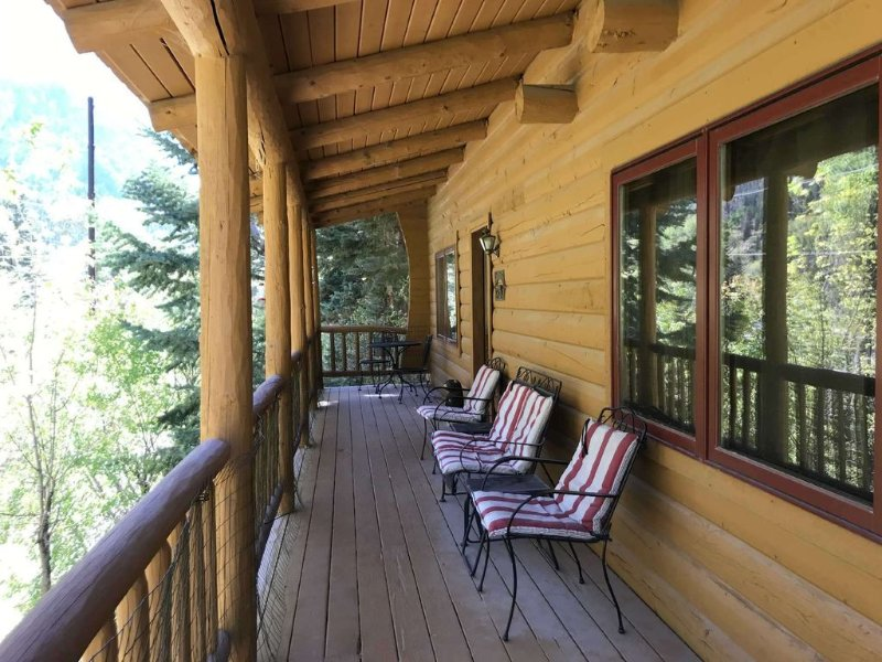 Private, River-View Cabin, holiday rental in Ouray