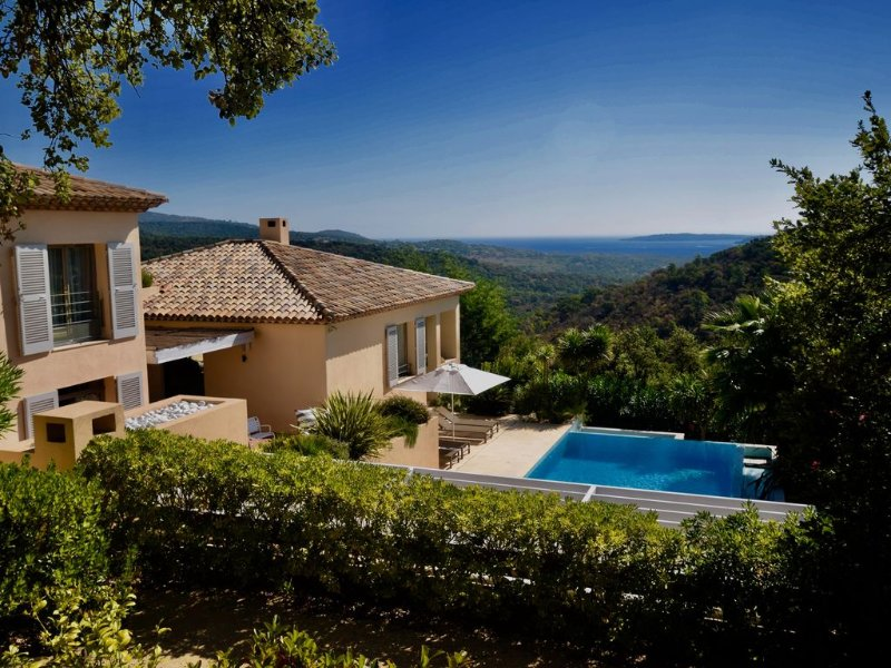 St Tropez, Superb Villa, Sea View, Private pool, beach at 3km, vacation rental in Port Grimaud