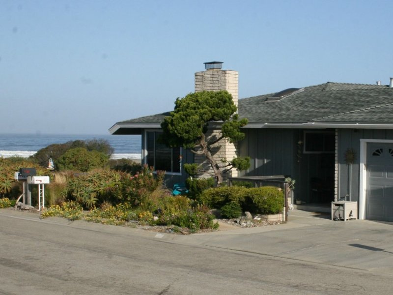 Beach Tract Ocean Home with Spectacular Views - You Will Love This House!!, vacation rental in Morro Bay