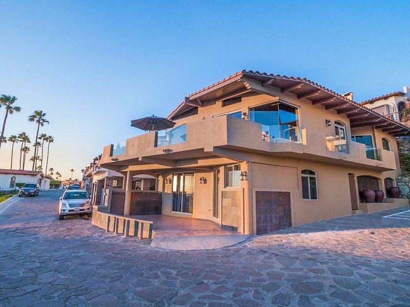WOW! Your Best Value GUARANTEED in writing!-New Ocean Home in Las Gaviotas, alquiler de vacaciones en Rosarito