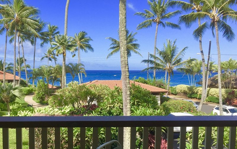 Nihi Kai #403: Steps to Poupi beach!, vacation rental in Koloa