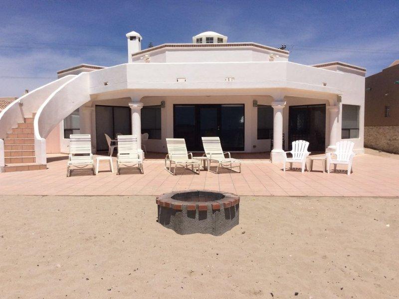 Private Beachfront Home in Las Conchas, location de vacances à Puerto Penasco