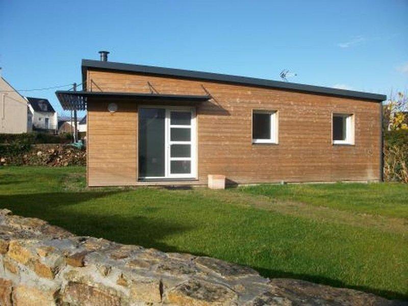 LC 32     Belle maison  pour 4 personnes à Le Conquet, holiday rental in Trebabu
