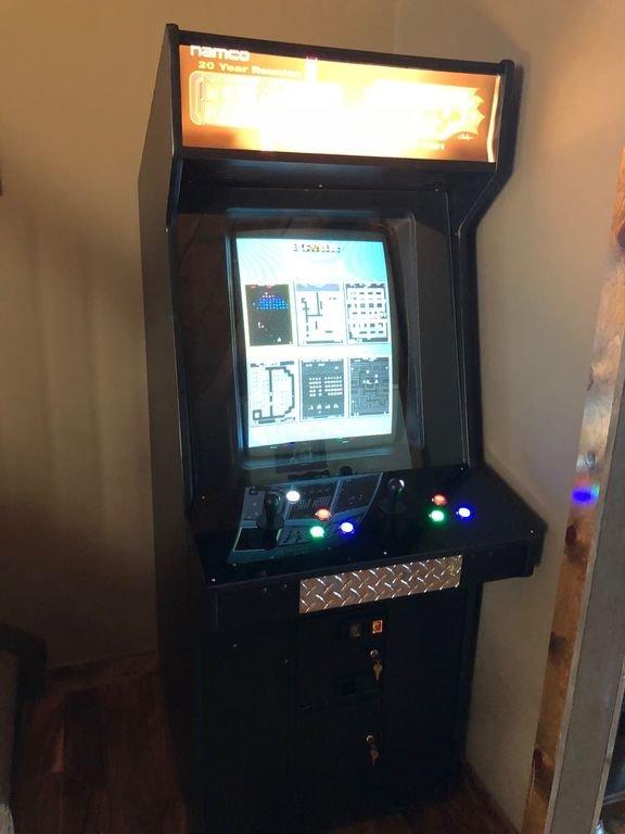 juego de arcade Multicade. Tiene 60 clásicos.