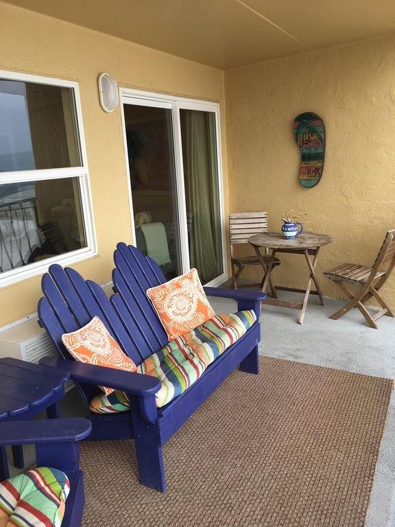 cómodo balcón con vista directa del Golfo