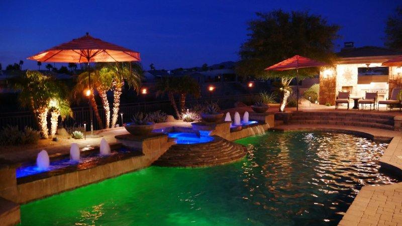 Havasu Hacienda Simply Paradise! (Please Watch The Video Link Next To Photos), casa vacanza a Lake Havasu City