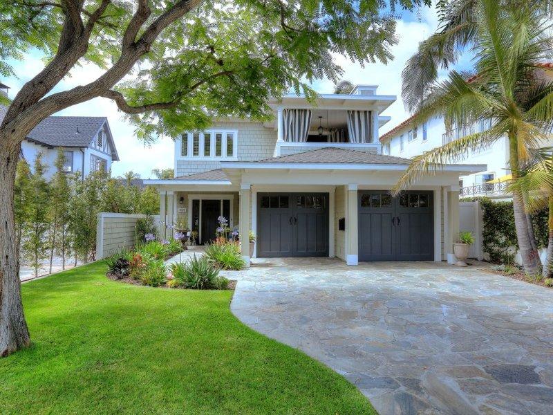 Rare Find 5 Bedroom Coronado Designer Coastal Home Near Beach, location de vacances à Coronado