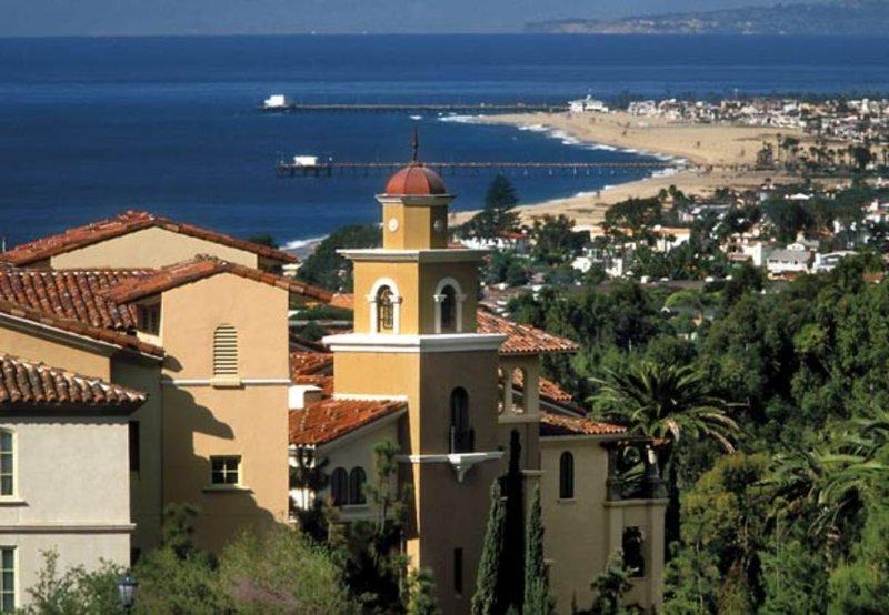Two bedroom villa at luxurious Marriott Newport Coast!, holiday rental in Laguna Beach
