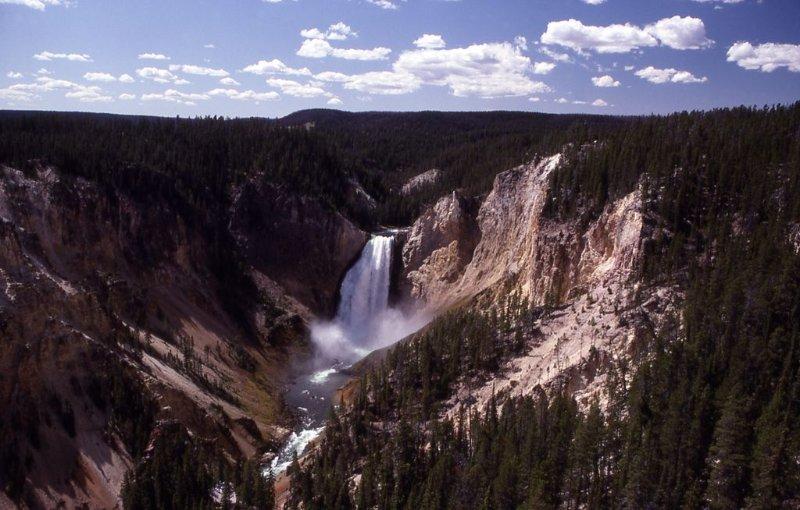 Le Grand Canyon de Yellowstone dans le parc de Yellowstone est un must!