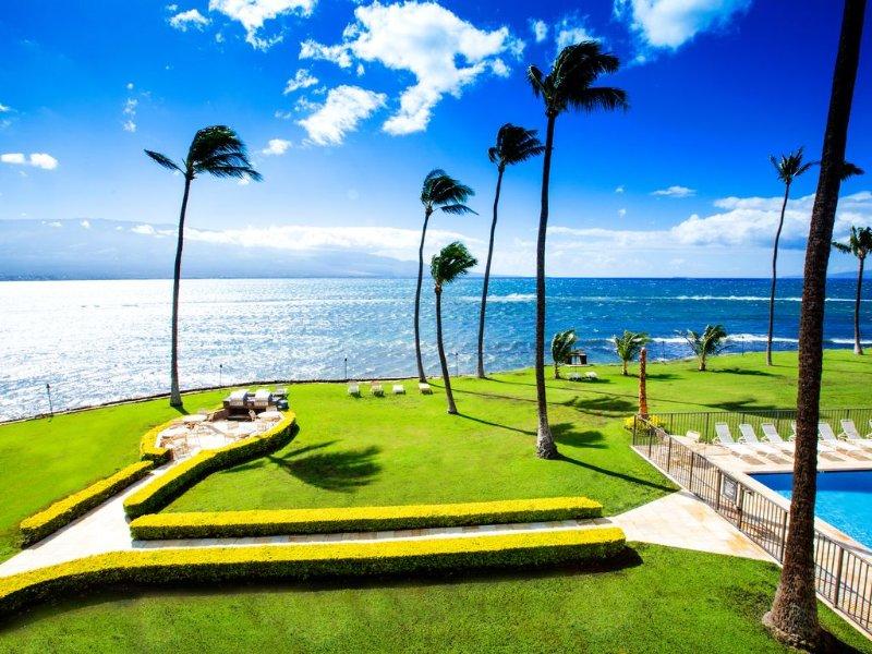 OCEANFRONT Views & Perfect Couples Getaway, holiday rental in Maalaea