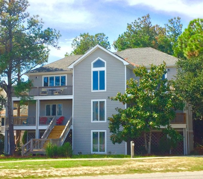 Summer 2021 booking fast!!, holiday rental in Corolla
