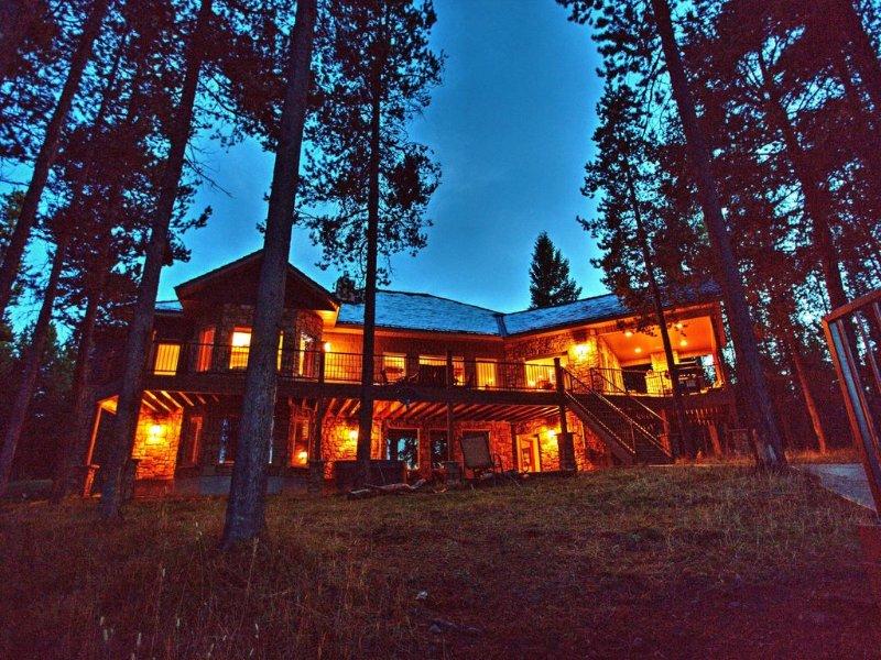 By Yellowstone, in the prestigious Silverhawk Estates on Island Park Reservoir, aluguéis de temporada em Island Park